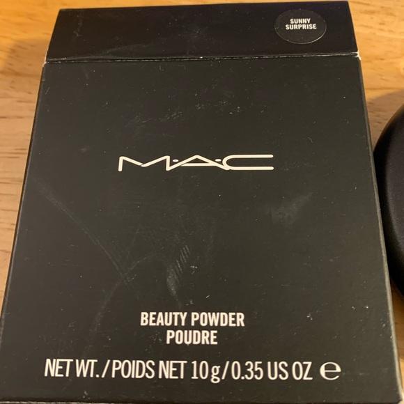 MAC Cosmetics Other - Mac beauty powder